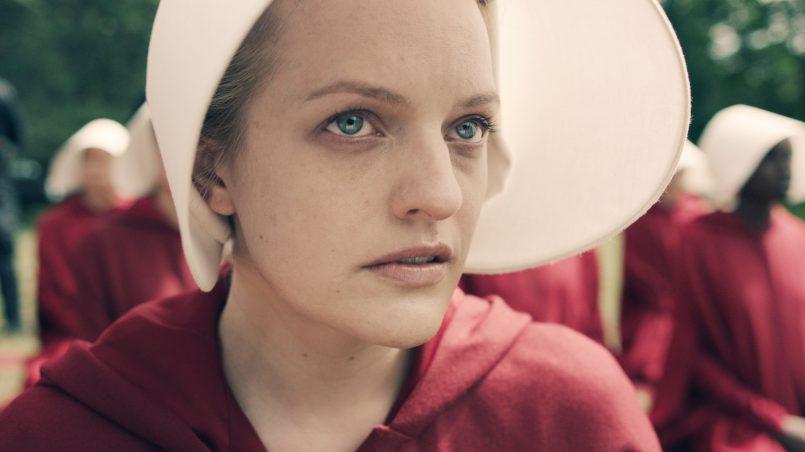 Kadr z serialu Opowieść podręcznej, 2017.
