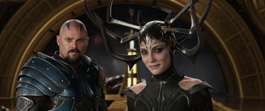 Kadr zfilmu <em>Thor: Ragnarok</em>, reż. Taika Waititi, 2017.