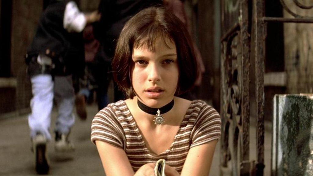Na szczęście są itacy, którymsława nierobi krzywdy. Natalie Portman wfilmie <em> Leon Zawodowiec</em>, reż Luc Besson, 1994.