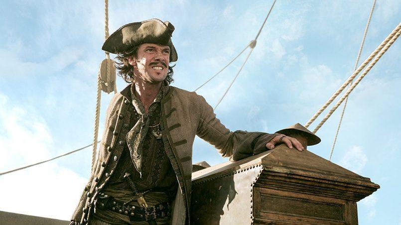 Kadr z serialu Piraci.
