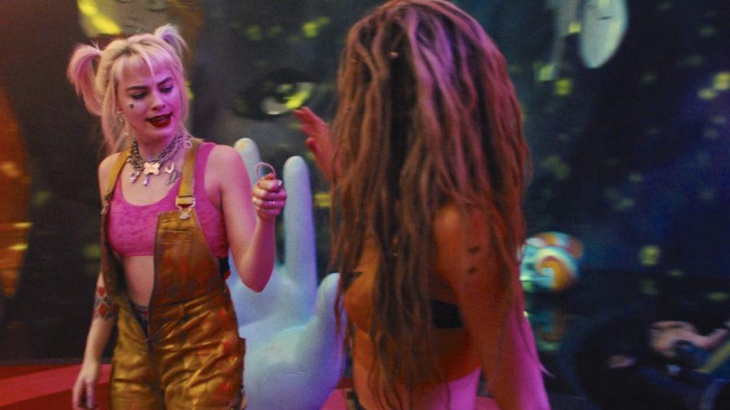 Kadr zfilmu <em>Ptaki Nocy (ifantastyczna emancypacja pewnej Harley Quinn)</em>, reż. Cathy Yan, 2020.